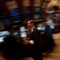 Незначительное падение биржевых индексов