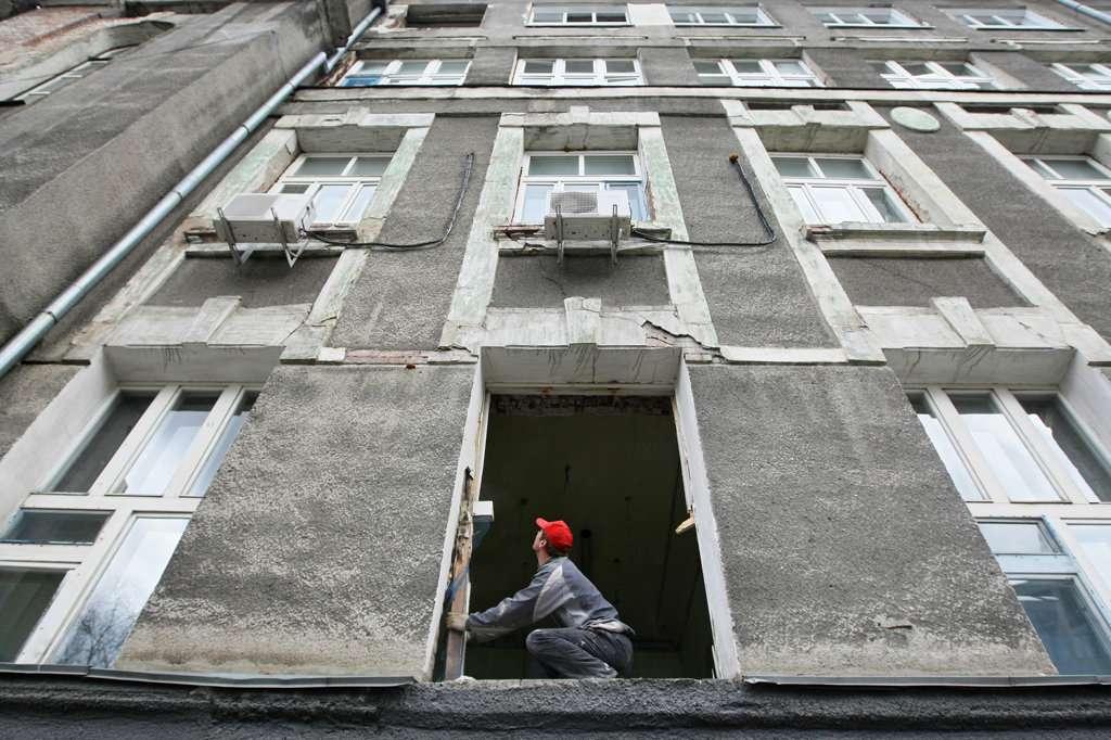 Новосибирцам вменили минимальную плату за капремонт домов
