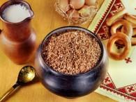 Из-за дождей и снега в Алтайском крае собрали всего 15–20% урожая гречки