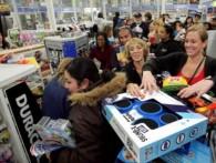 Россияне подняли продажи холодильников на 78%, спасая рубли от девальвации