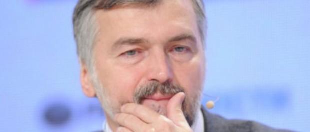 Клепач: российская экономика упадет в этом году почти в два раза сильнее прогнозов МЭР