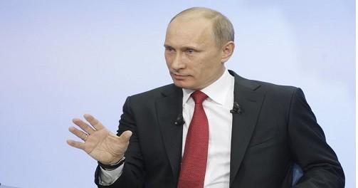 Путин назвал ненормальной долю Visa и MasterCard на платежном рынке России