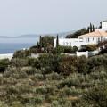 Богатые россияне повально скупают греческую недвижимость
