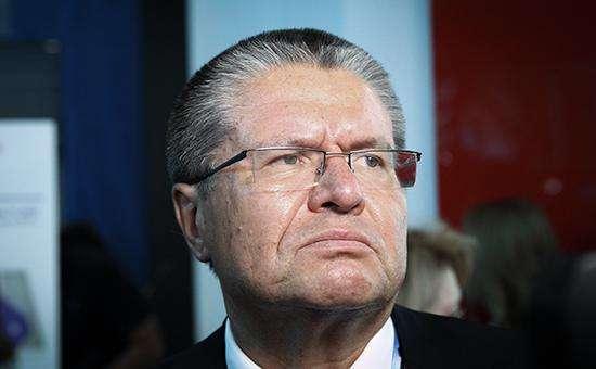 Улюкаев: греческий кризис ударит по нефти и рублю