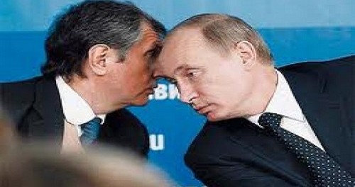 Сечин попросил Путина помочь